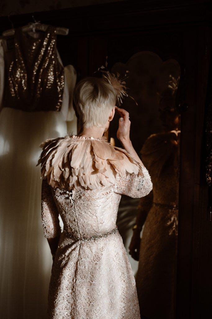 mother of bride in mirror