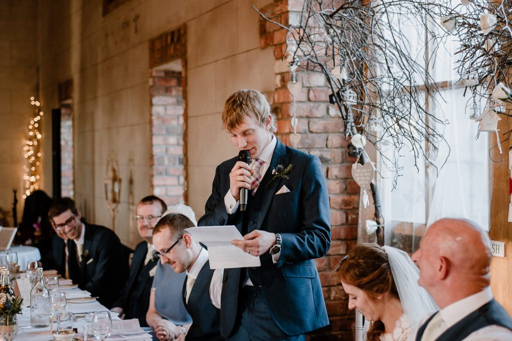 groom gives speech