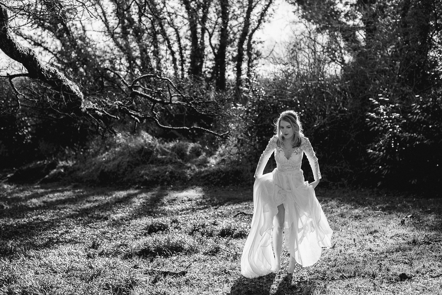 brown-trout-wedding-boho-festival-alternative-vinatge-bride-irish-photographer-northern-ireland-belfast-city-76