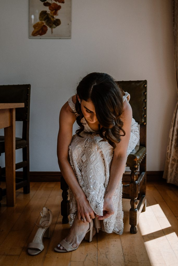 bride timing her shoes